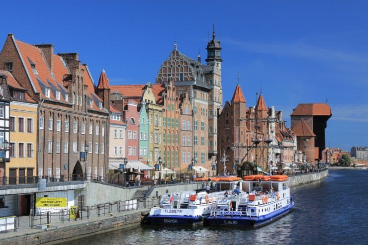 Motlawa river bank