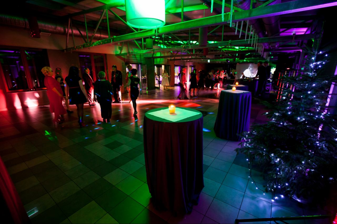 New Year's Eve party, Galaxy Hotel