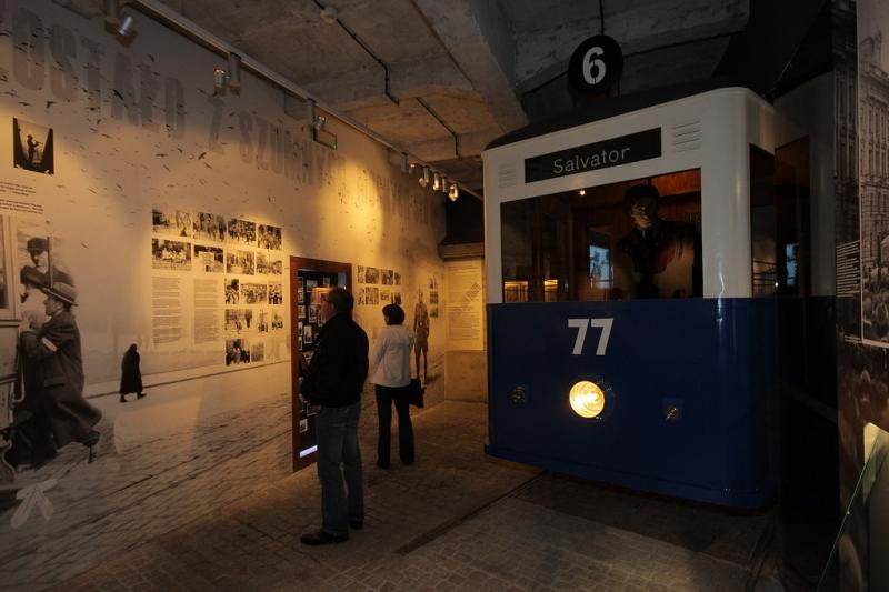Oskar Schindler's Factory - tour inside