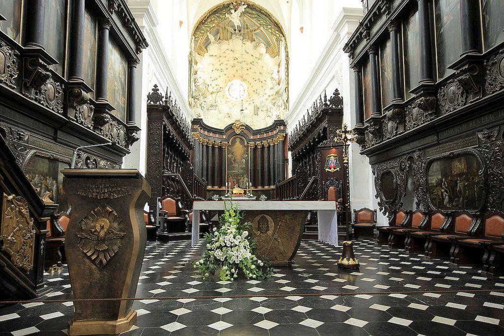 Oliwa Cathedral inside