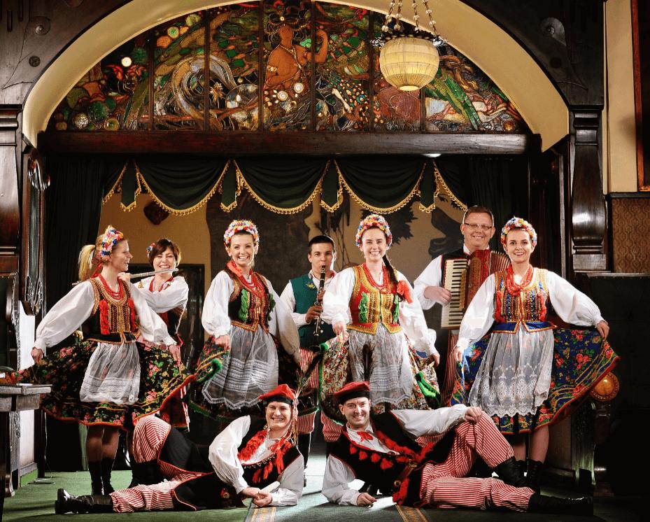 Folk performers in Krakow