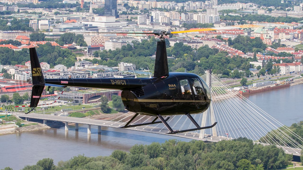 Helicopter flight over Warsaw from Konstancin-Jeziorna
