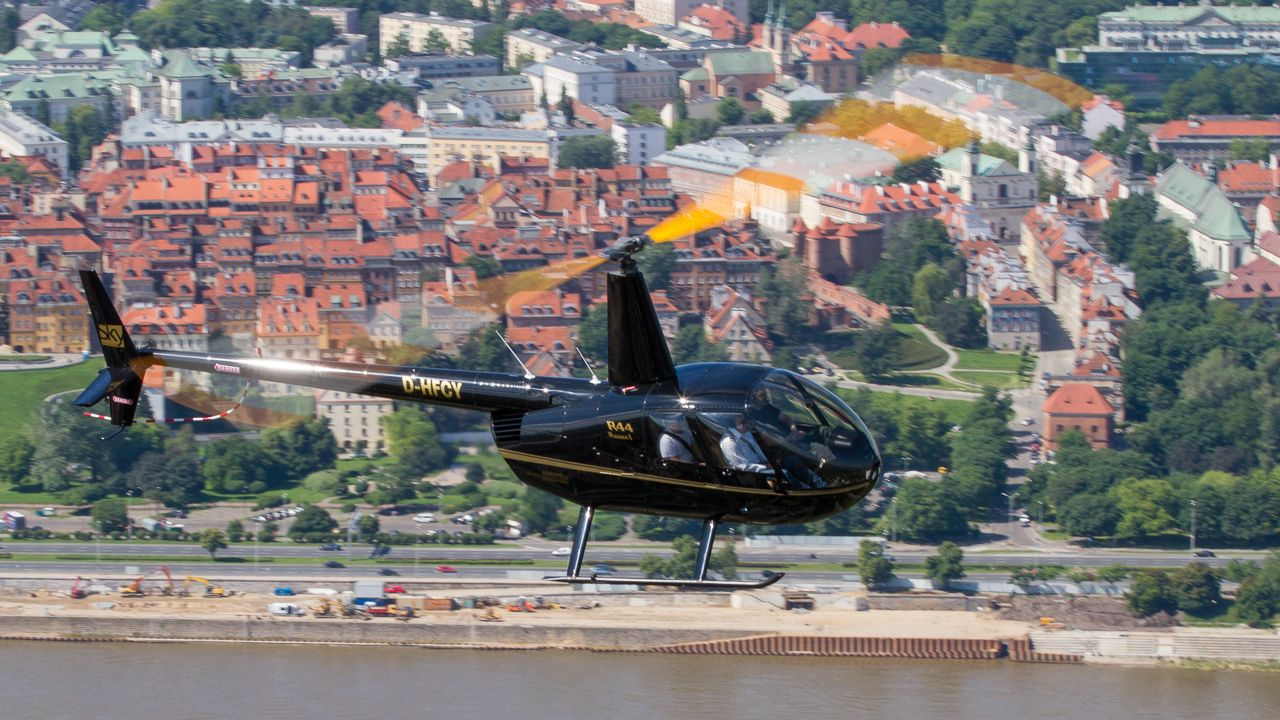 Robinson R44 helicopter flight in Warsaw