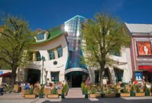 Sopot, Crooked House