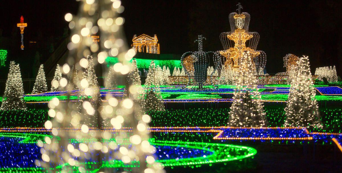 Warsaw, Wilanow Christmas Illumination